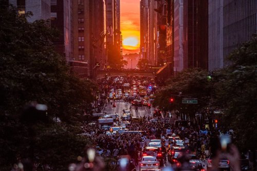 MANHATTANHENGE-superJumbo